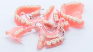 съемные протезы для зубов фото