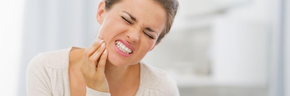 повышена чувствительность зубов фото